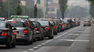 """Kolejny protest taksówkarzy? """"Chcemy decyzji, nie obietnic"""""""