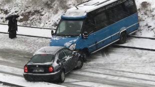 Śnieg w Grecji i w Turcji. Poważne utrudnienia