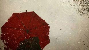 Pogoda na dziś: spadnie deszcz, zagrzmi i silnie powieje